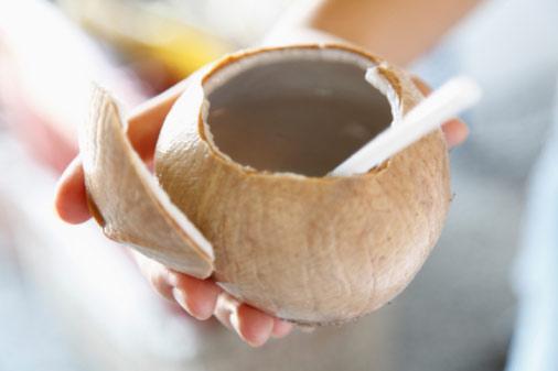 lợi ích từ nước dừa 3
